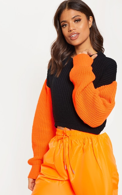 6e7490436760 Black Colour Block Cropped Knitted Jumper
