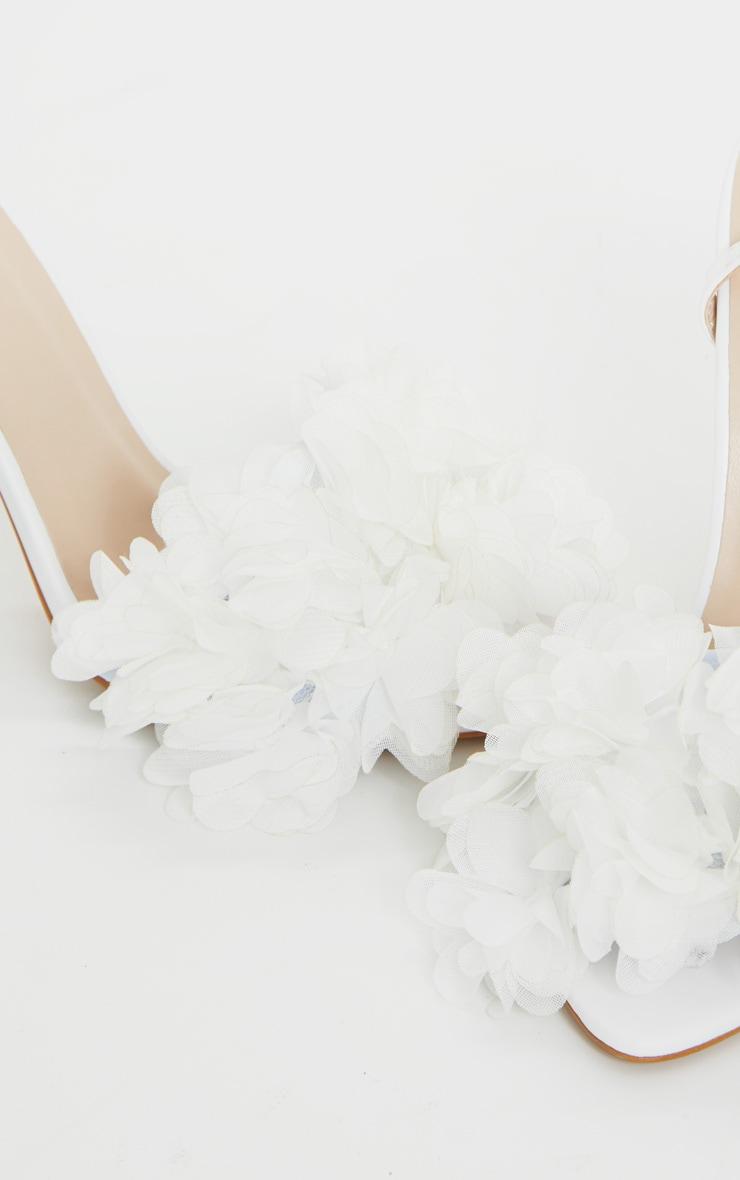White Flower Embellished Strappy Heeled Sandals 4