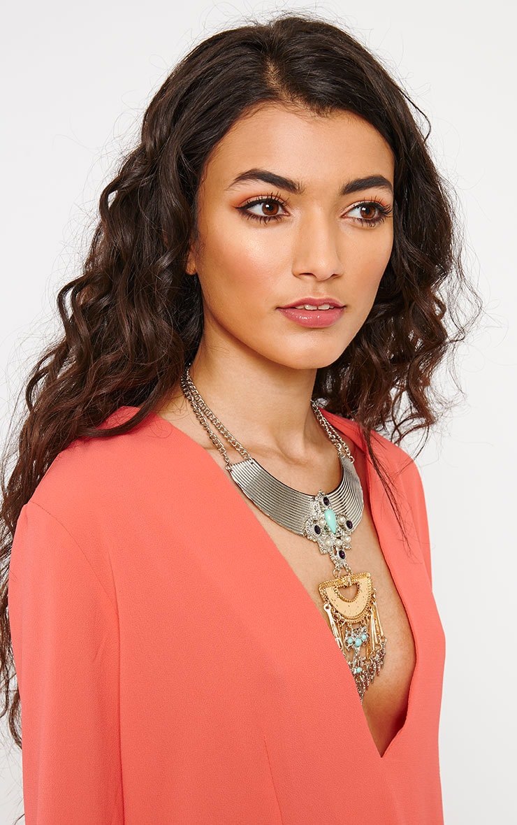 Angie Stud Necklace 2