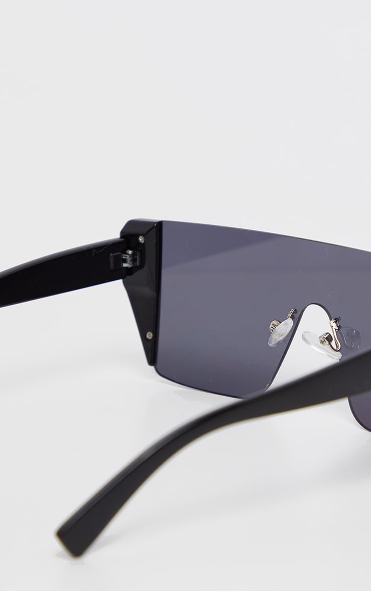 Black On Black Frameless Oversized Sunglasses            4