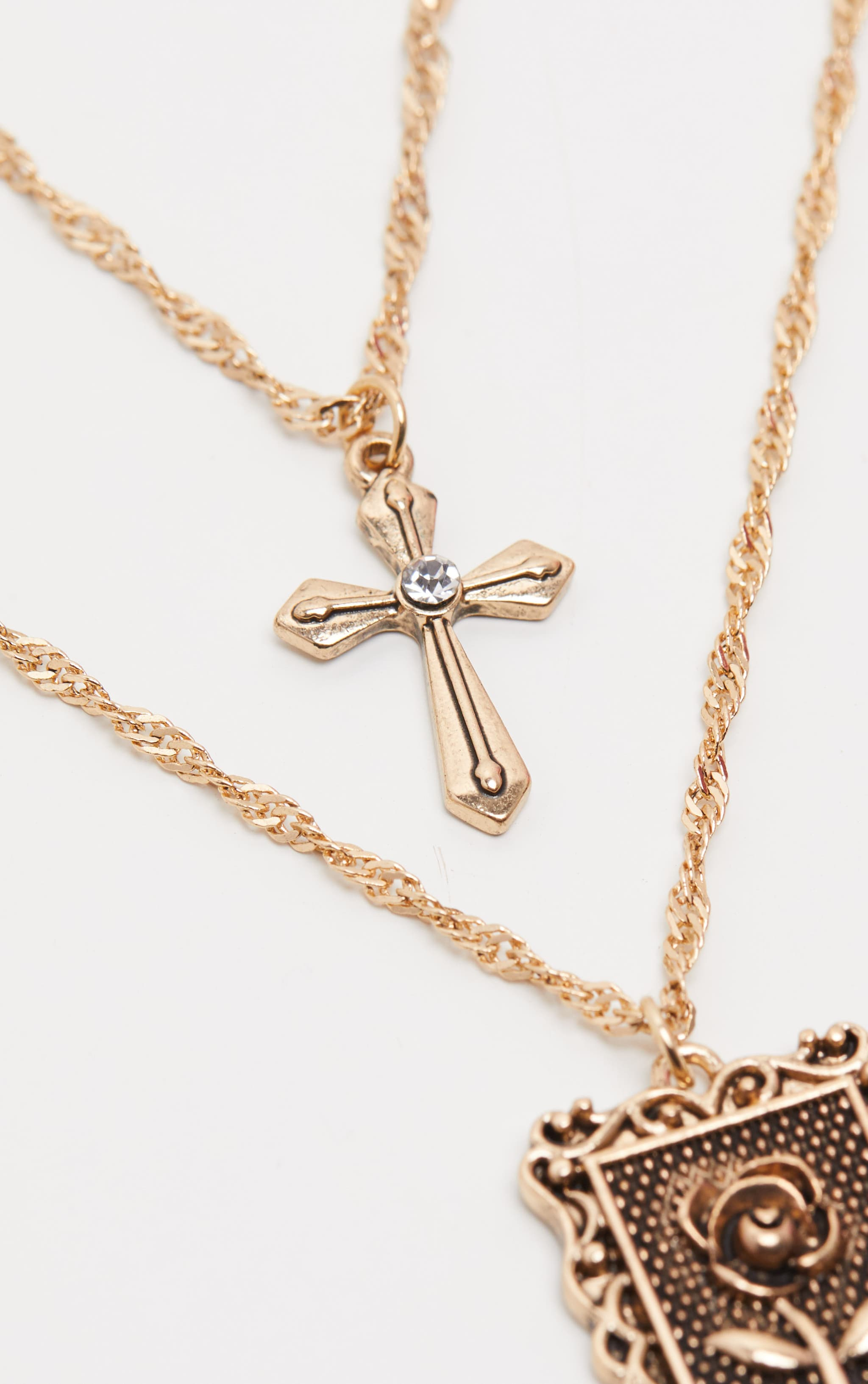 Gold Square Pendant Cross Layered Necklace 3