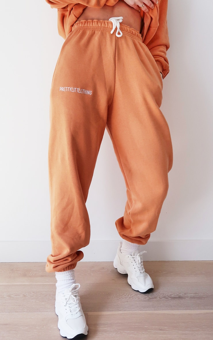 PRETTYLITTLETHING Chestnut Embroidered Graphic Joggers 2