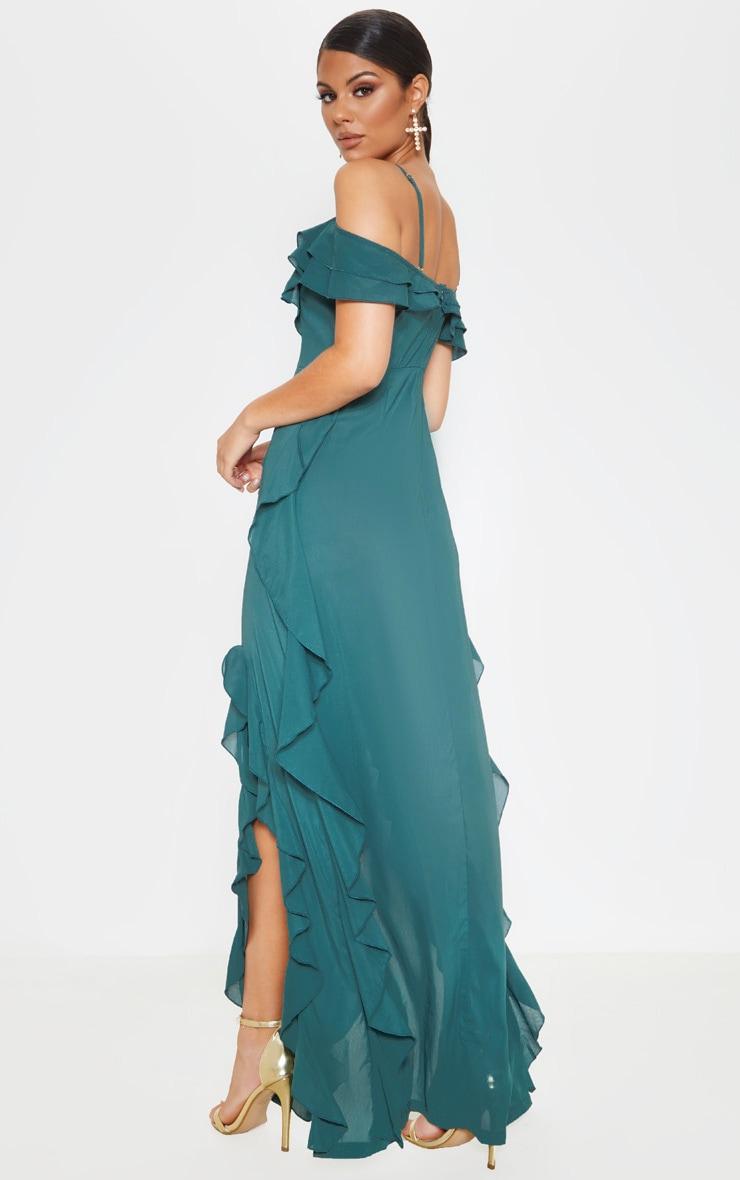 Robe longue vert jade volantée qui dénude les épaules 2