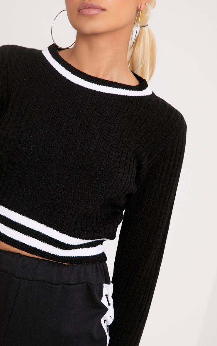 Zofia Black Tipped Knitted Crop Top 5
