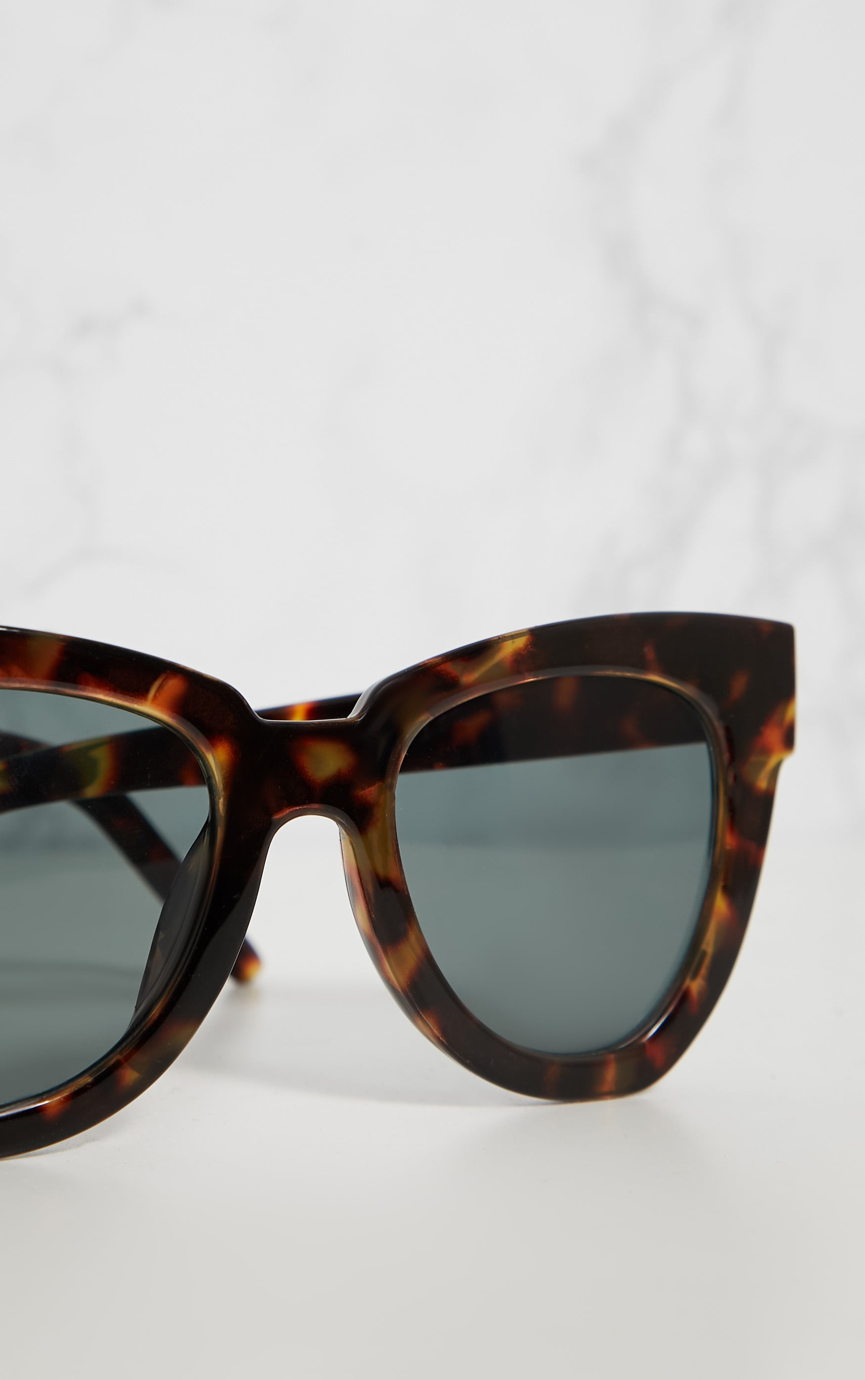 Tortoise Shell Winged Sunglasses 3