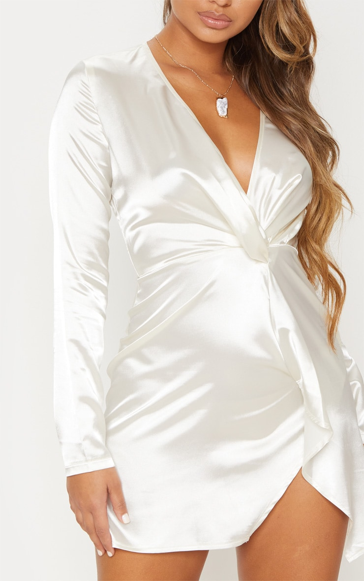 White Twist Front Plunge Long Sleeve Bodycon Dress image 6 829671ff4