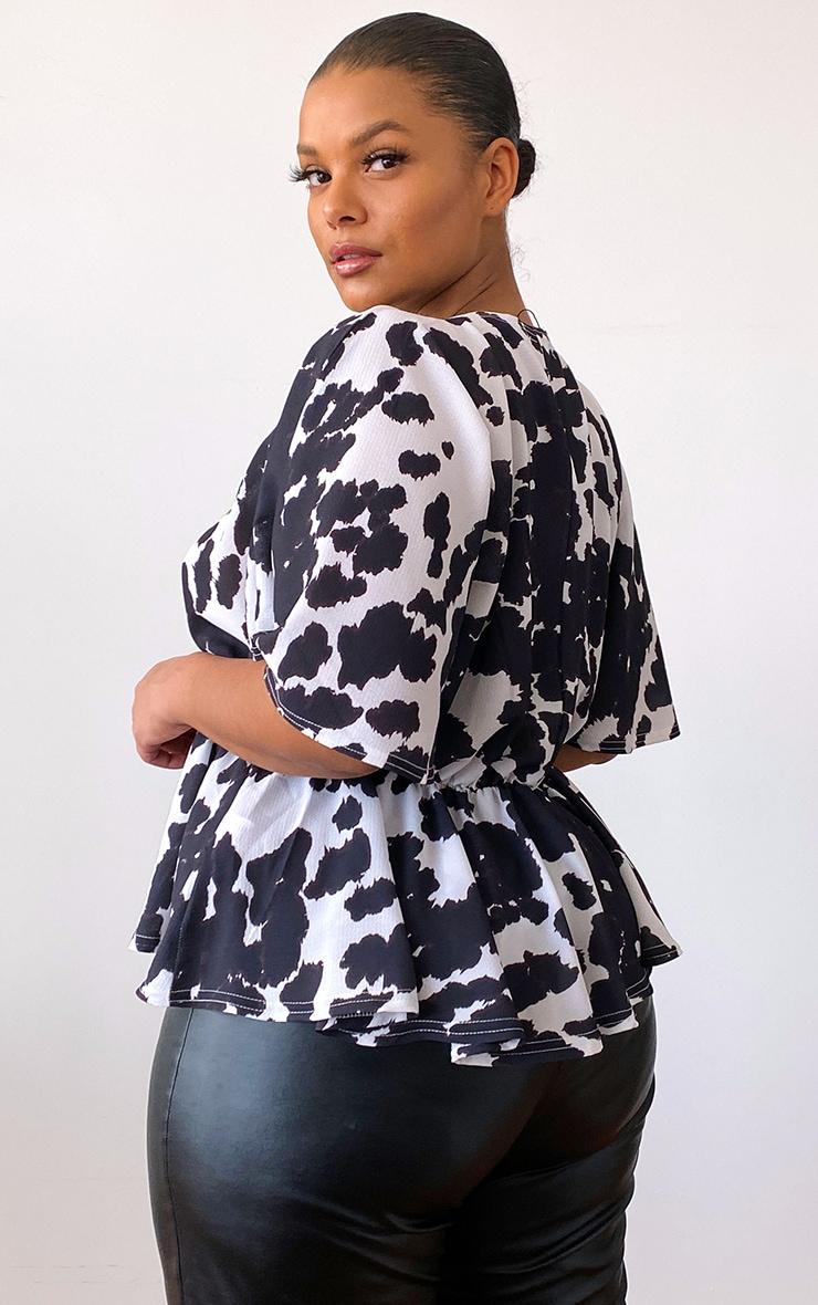 Plus Black Tie Dye Plunge Short Sleeve Peplum Top 2