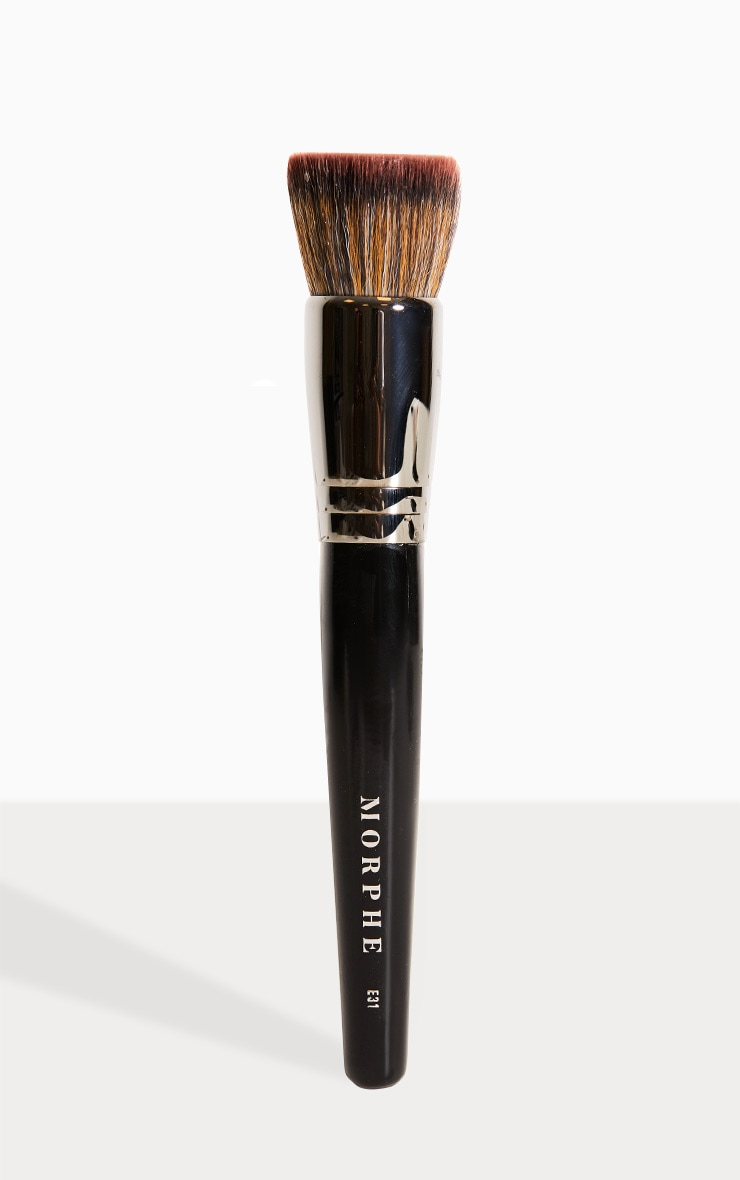 Morphe E31 Deluxe Flat Buffer Brush 1