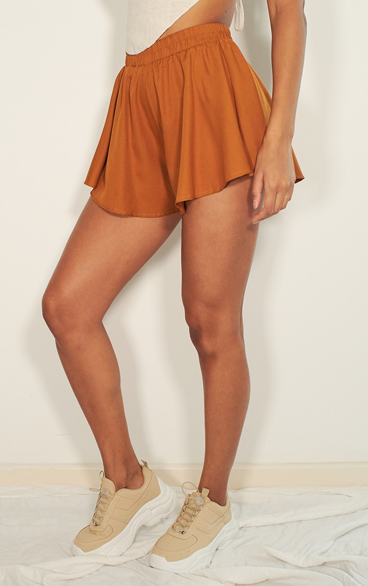 Taupe Floaty Short 2