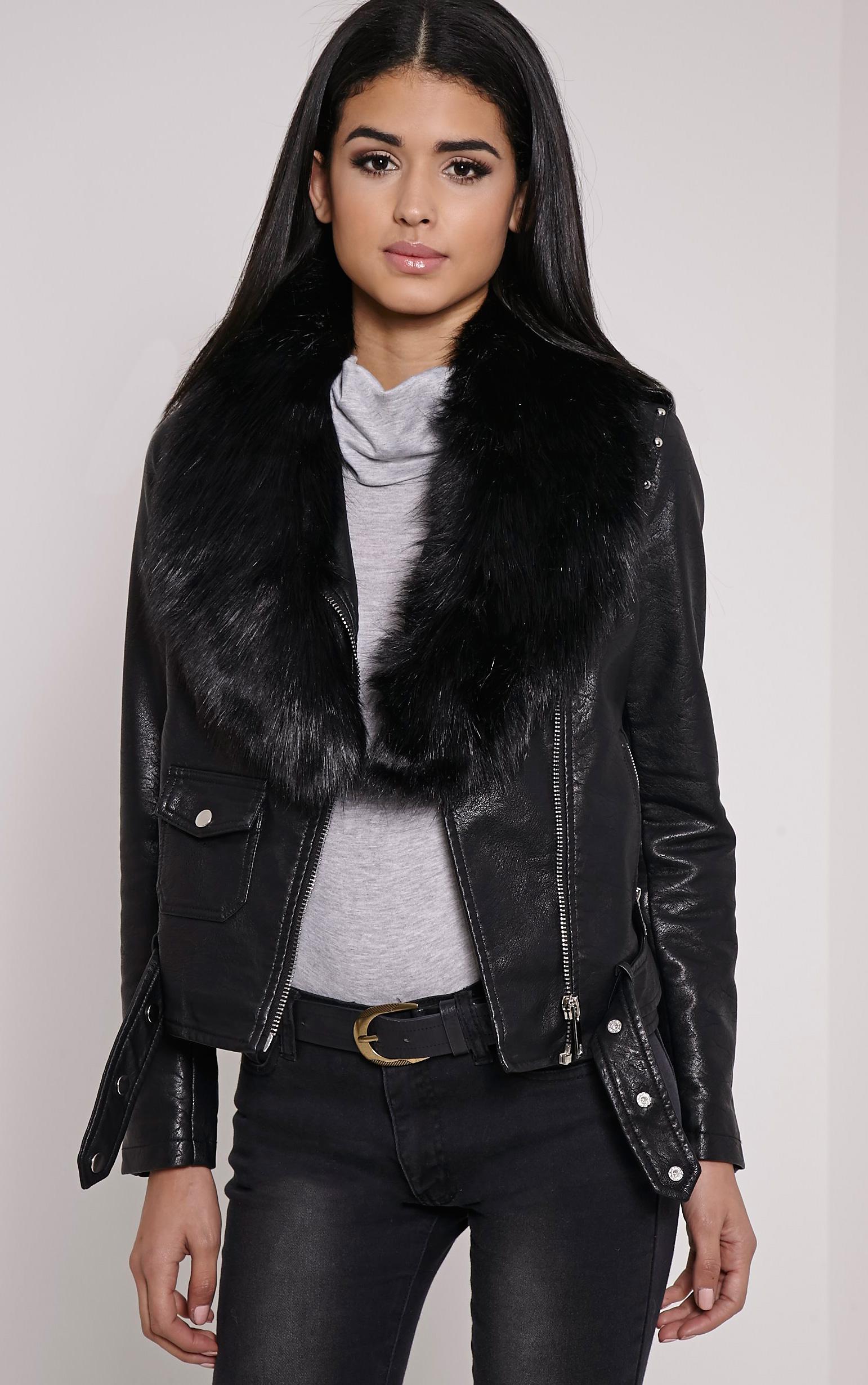 Kira Black Faux Fur Collar 1