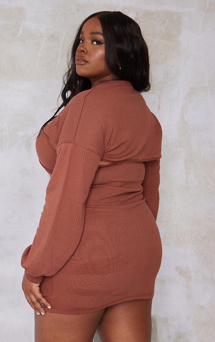 PRETTYLITTLETHING Plus Chocolate Cut Out Long Sleeve Bodycon Dress 2