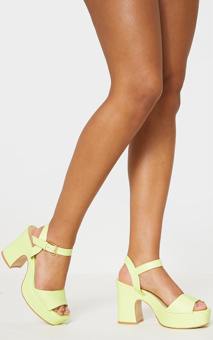 Neon Yellow 70s Platform Chunky Sandal 2