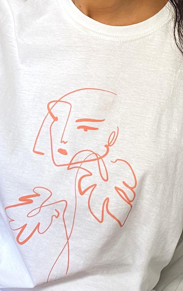 T-shirt oversize blanc à imprimé visage abstrait 4