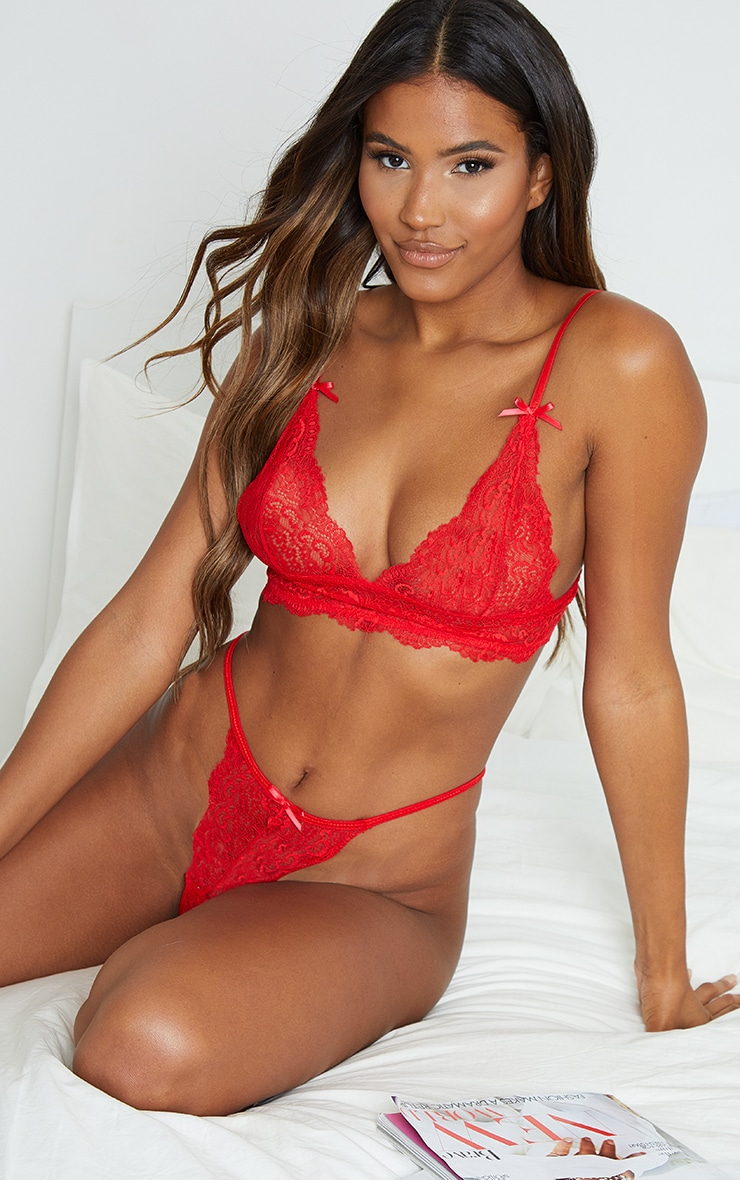 Red Triangle Longline Lace Lingerie Set 1