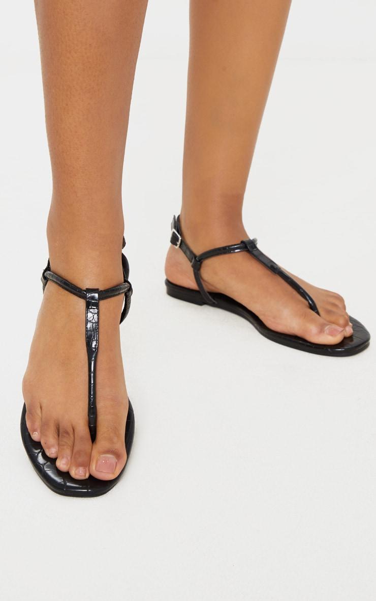 Black Toe Post Sandals 2