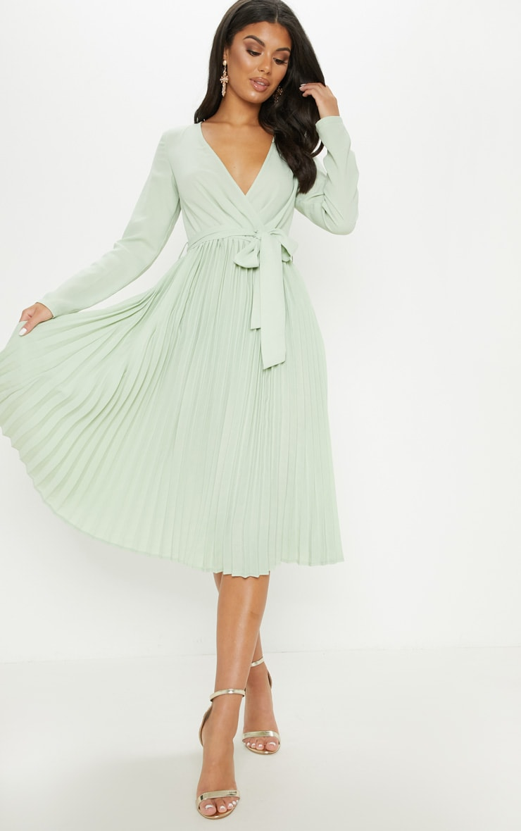 Sage Green Long Sleeve Pleated Midi Dress by Prettylittlething