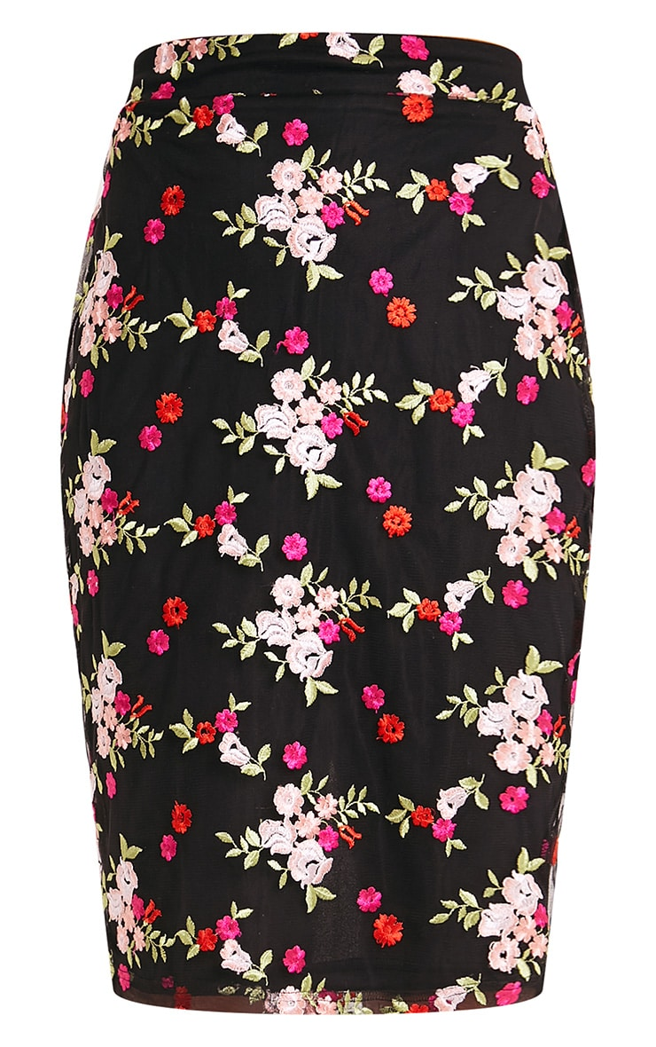 Gelesia Black Embroidered Midi Skirt  3
