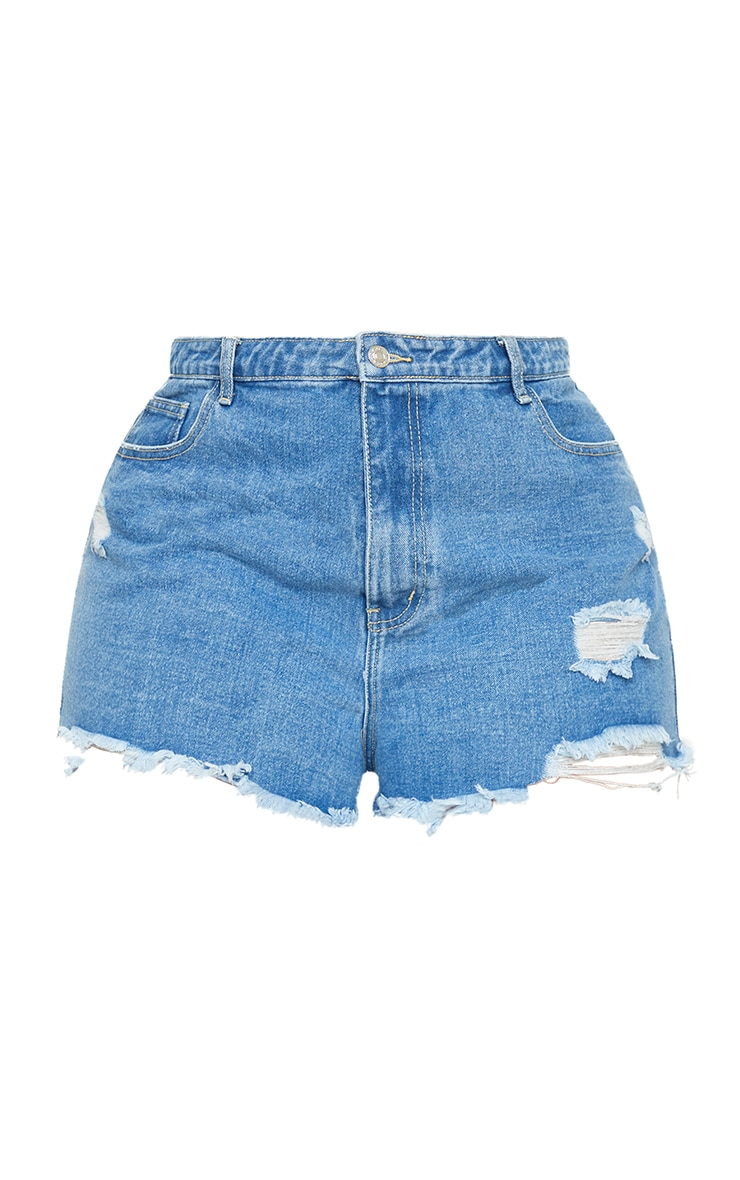PRETTYLITTLETHING Plus Mid Blue Wash Distressed Denim Shorts 5
