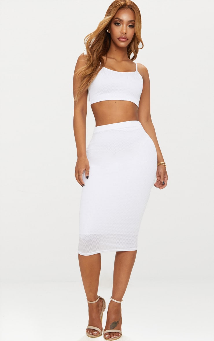 Shape White Textured Strappy Crop Top 4