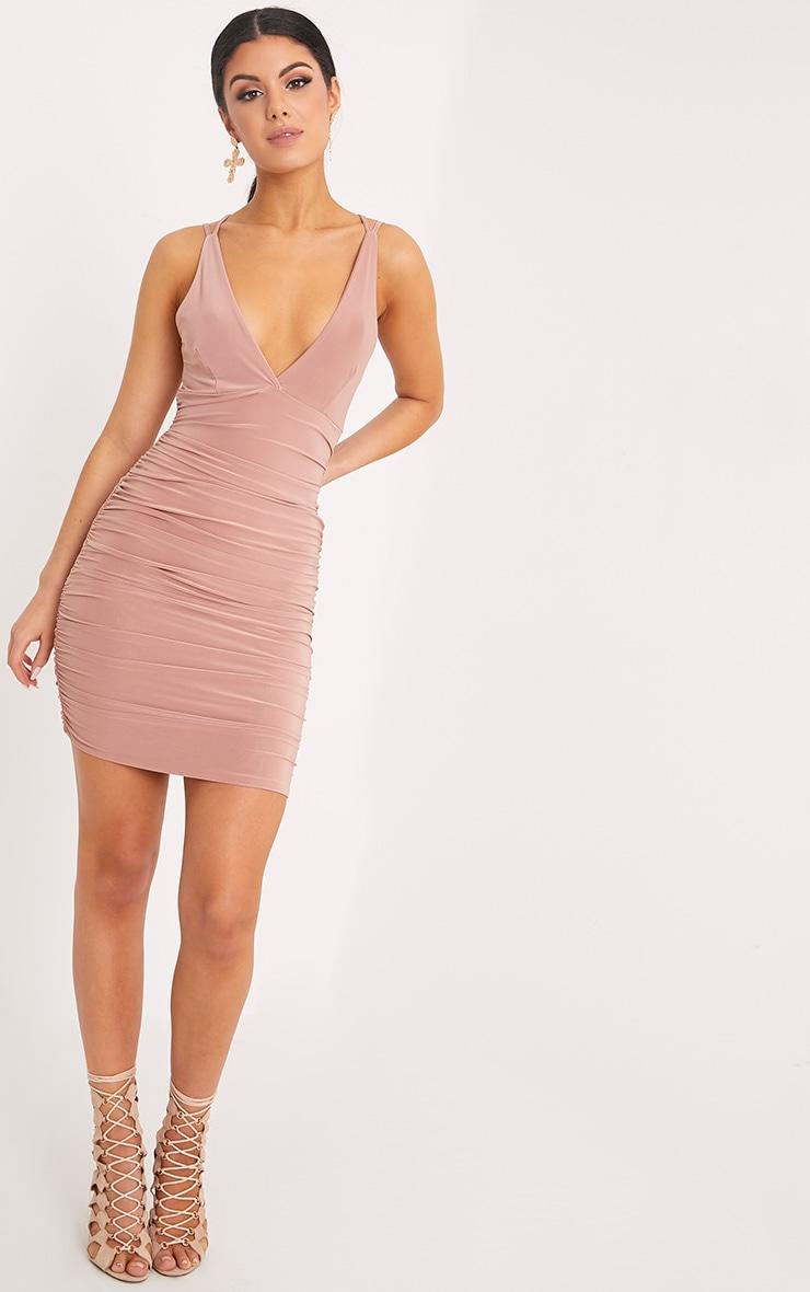 Agness robe moulante froncée croisée dans le dos rose 4