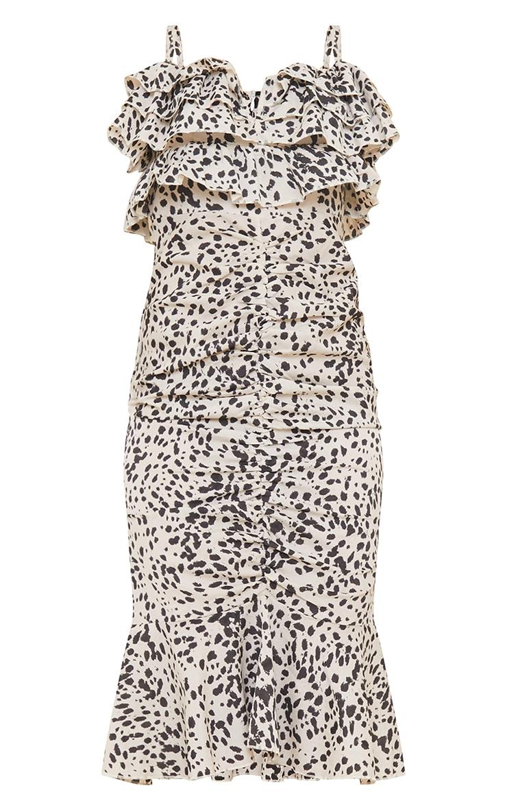 Robe mi-longue à imprimé dalmatien gris pierre et volants froncée sur l'avant 5