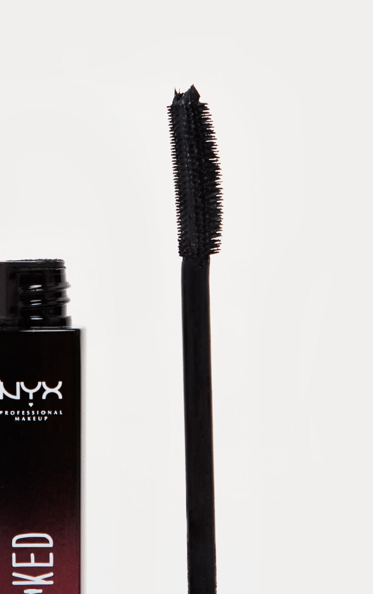 NYX Professional Makeup Super Luscious Mascara Stacked 3