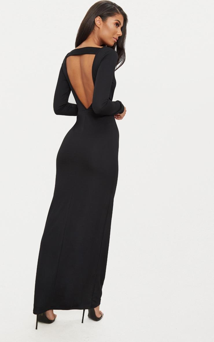 robe longue noire avec manches longues