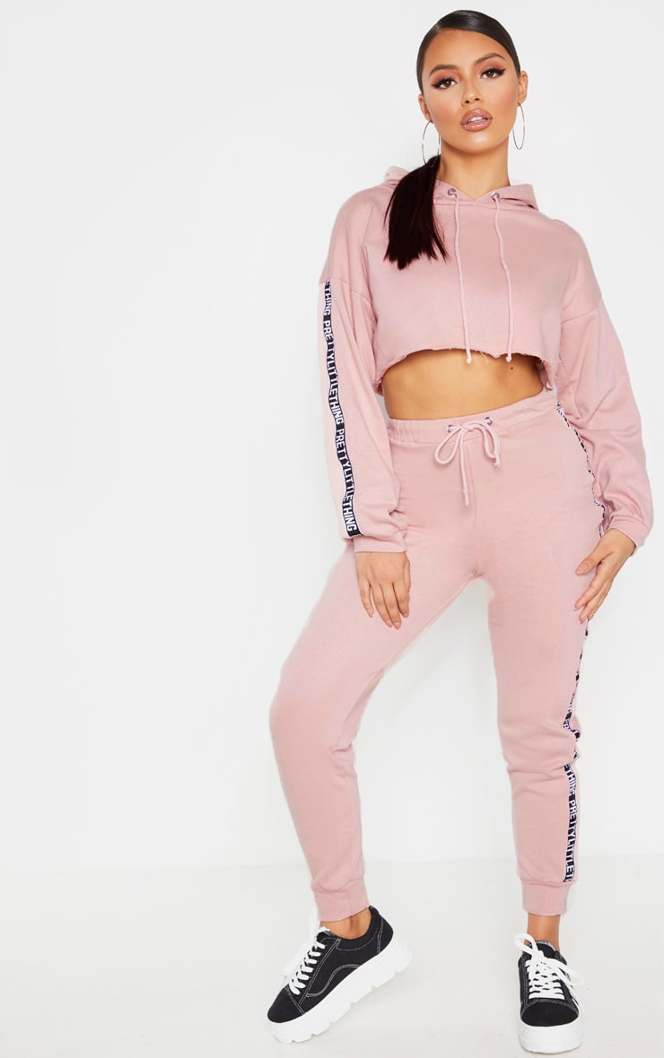 PRETTYLITTLETHING Petite Rose Cropped Hoodie 4