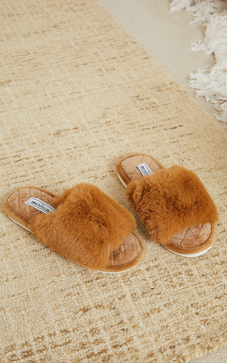 PRETTYLITTLETHING Home Tan Fluffy One Strap Quilted Sole Slippers 3