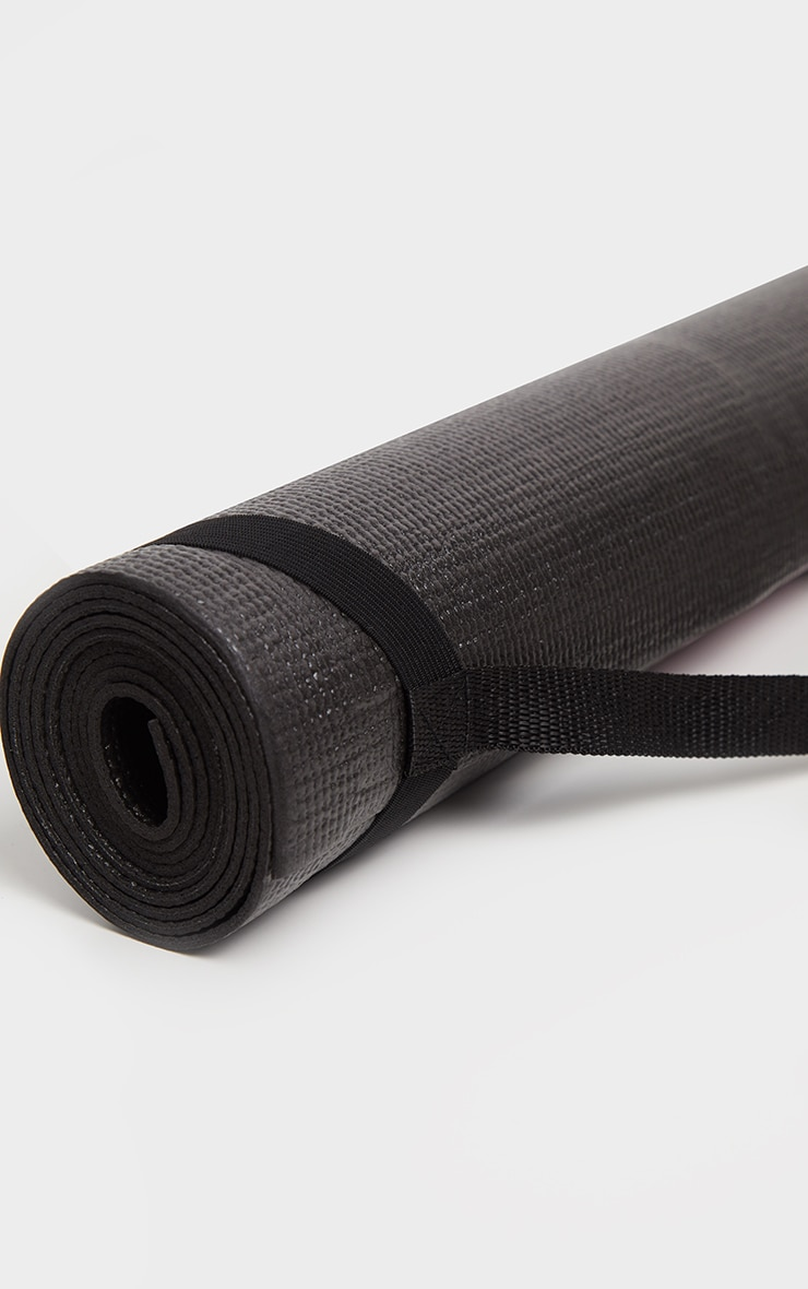 PRETTYLITTLETHING Black Yoga Mat 3