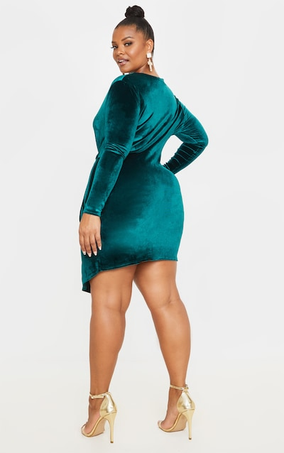 Plus Emerald Green Velvet Twist Front Dress