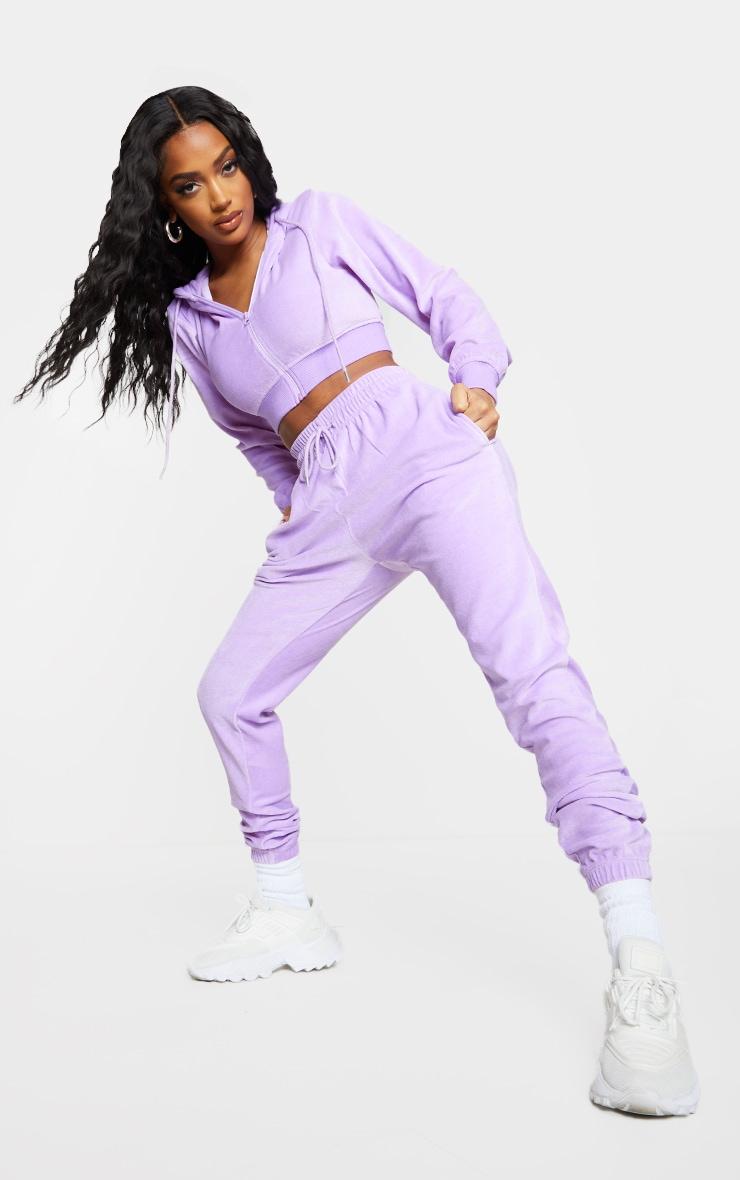 PRETTYLITTLETHING Shape Lilac Velour Extreme Crop Sweatshirt 3