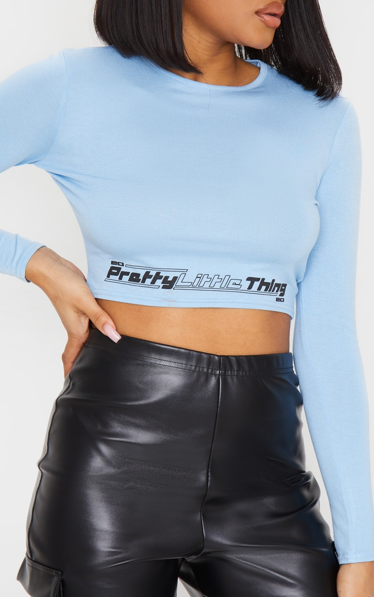 PRETTYLITTLETHING Petite Baby Blue Long Sleeve Crop Top 4