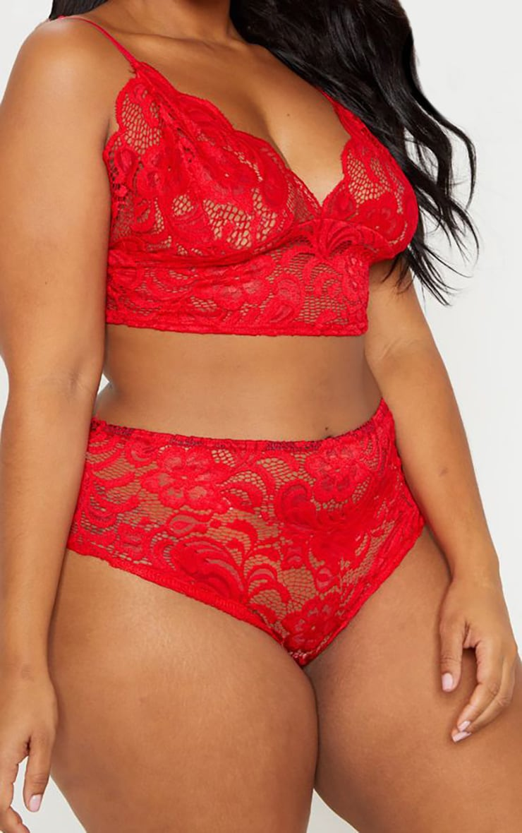 Plus Red Scallop Edge Lace Panties 1
