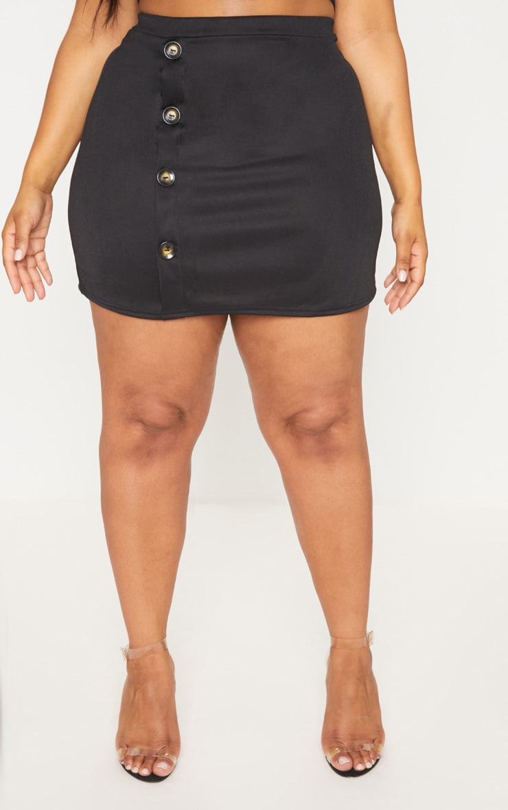 Plus Black Tortoise Button Detail Mini Skirt 2