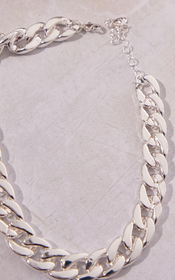 Silver Medium Chain Choker 3