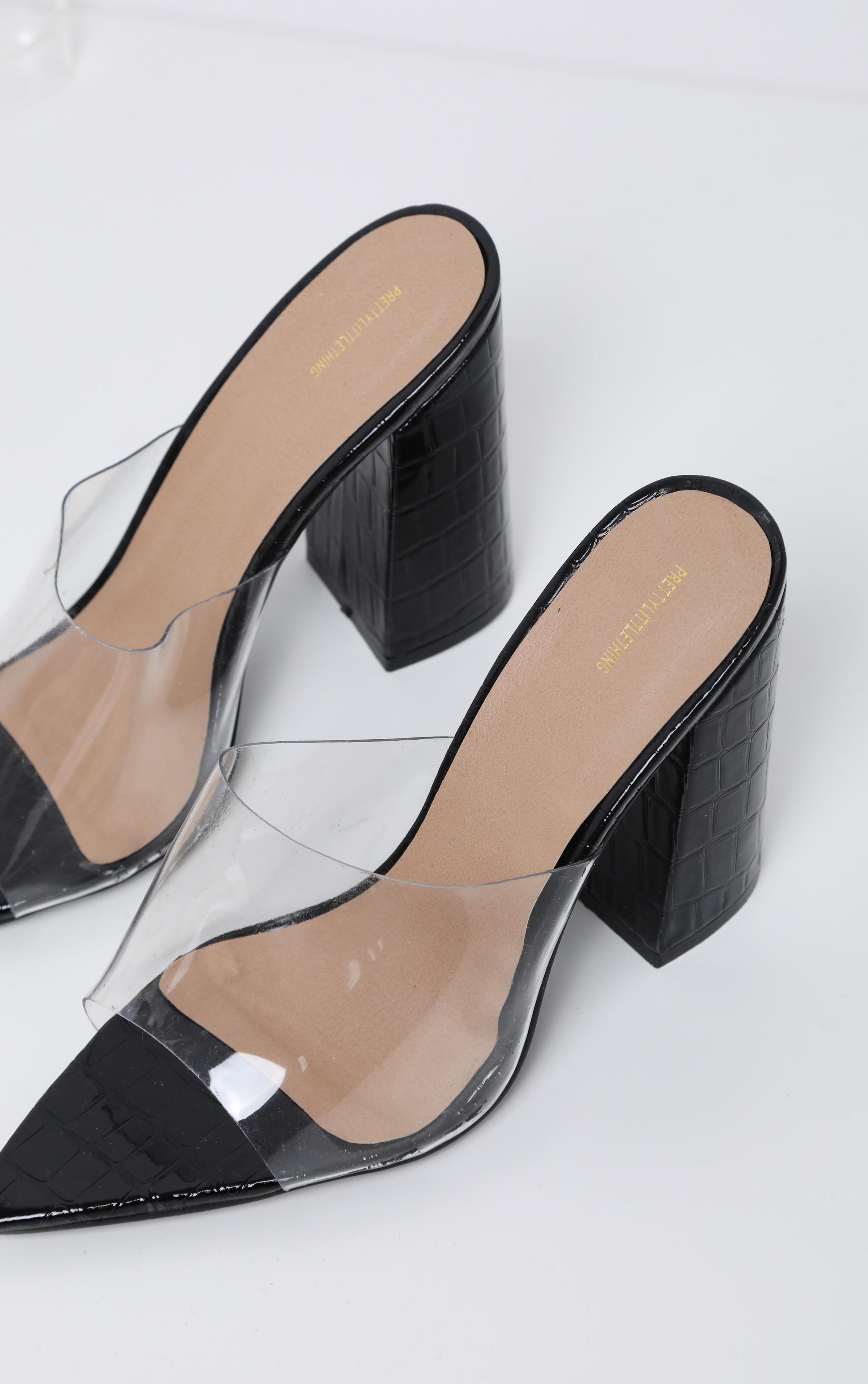 Black Block Heel Point Toe Mule 3