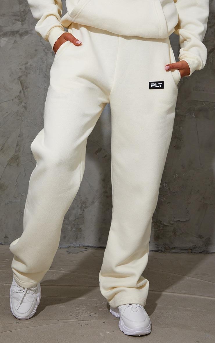 PRETTYLITTLETHING Cream Badge Detail Straight Leg Joggers 2