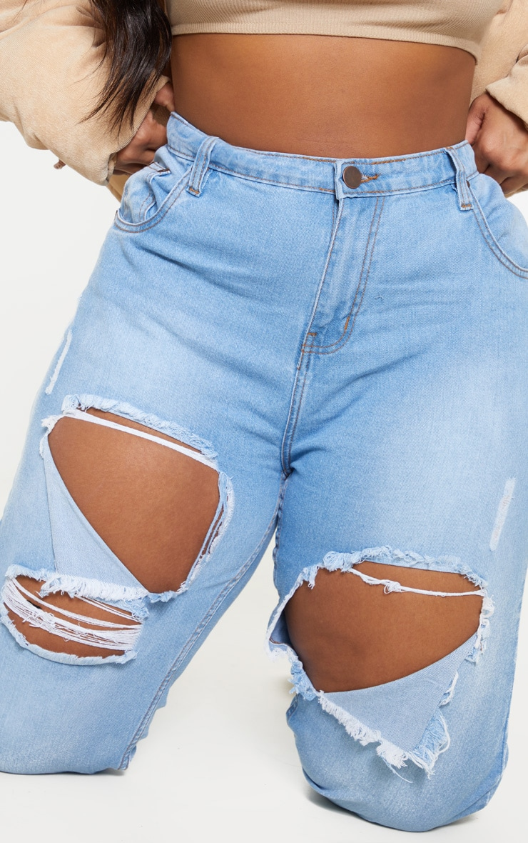 Plus Light Wash Thigh Rip Mom Jeans 5