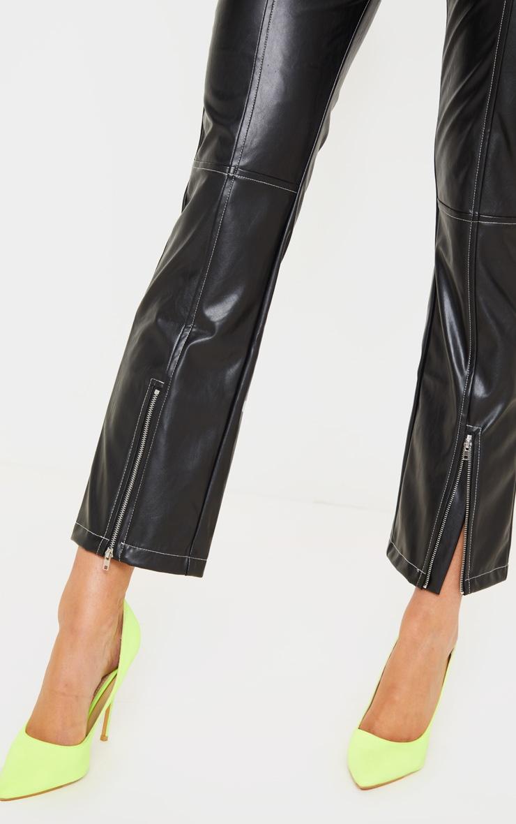 Pantalon droit en similicuir noir profond à coutures contrastantes 5