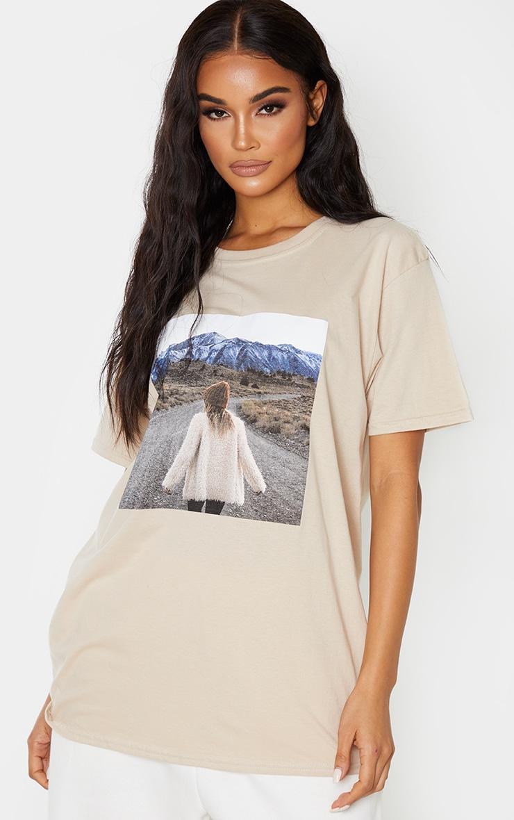 Tee-shirt sable à imprimé photo paysage 1