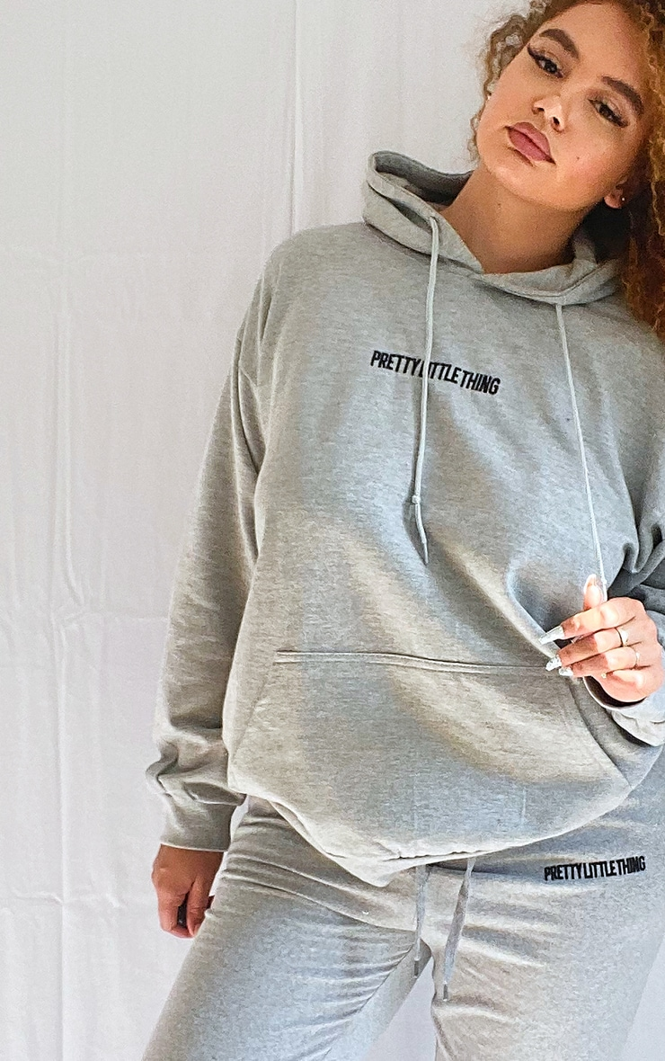PRETTYLITTLETHING Plus Grey Embroidered Hoodie 4