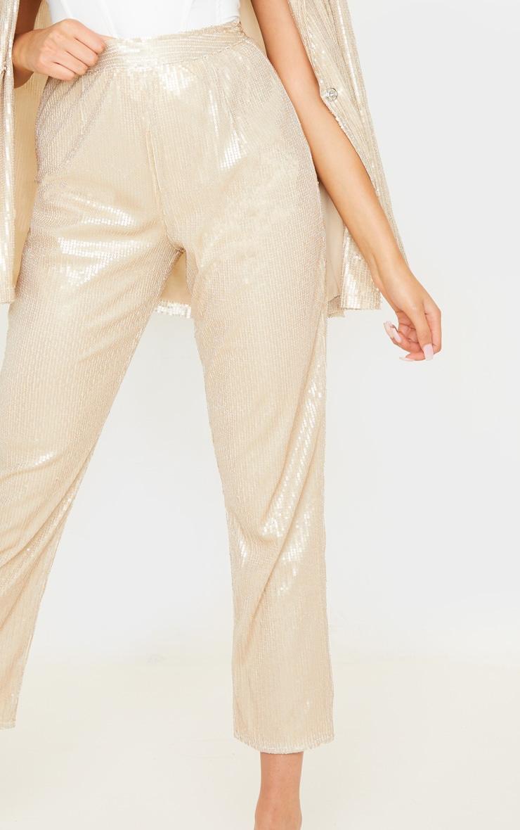 Pantalon droit taille haute en sequins dorés 5