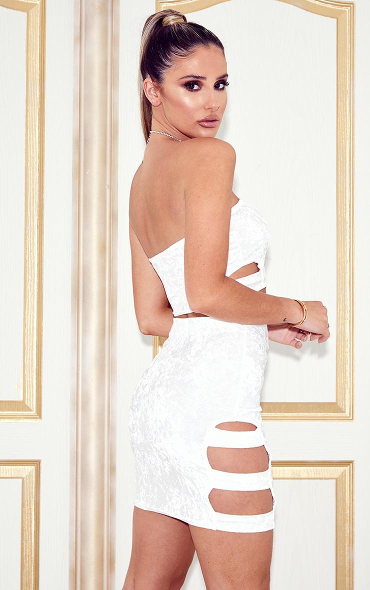 Ensemble bandeau découpé & mini-jupe en velours blanc 2