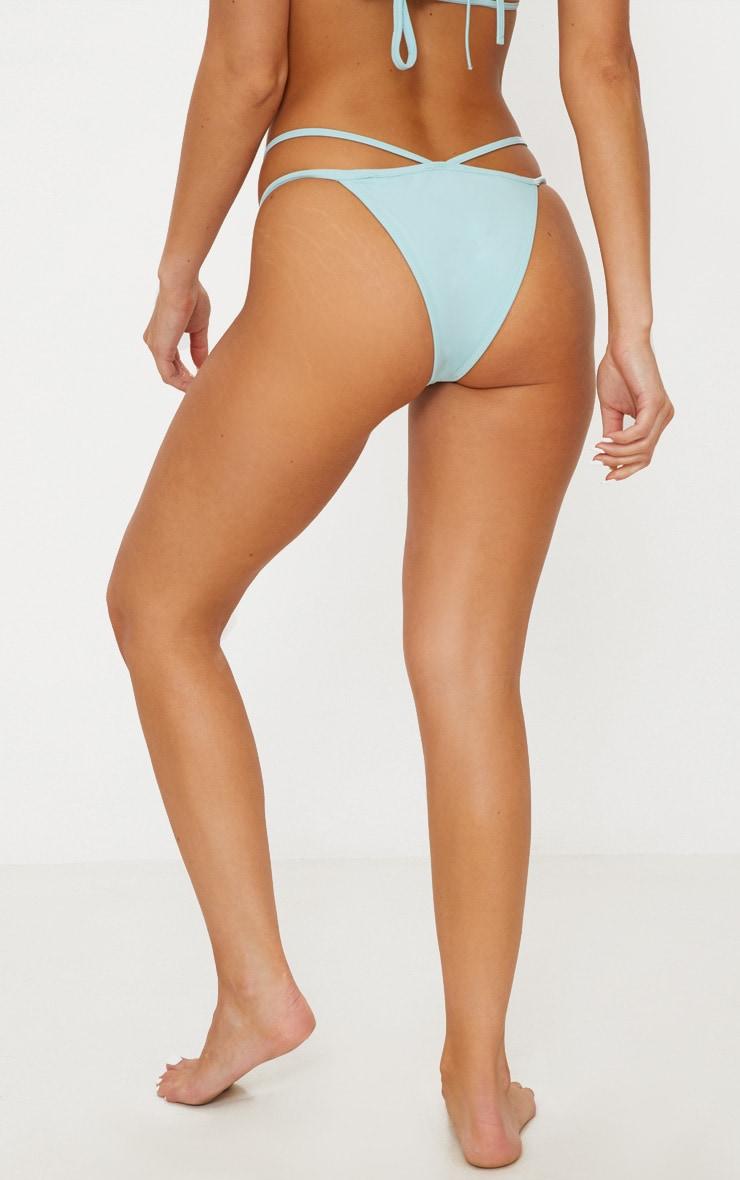 Bas de maillot de bain tanga bleu clair 4