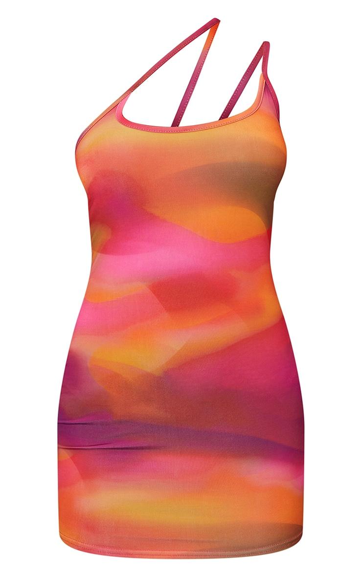 Robe moulante asymétrique rose imprimé abstrait slinky détail bretelles 5