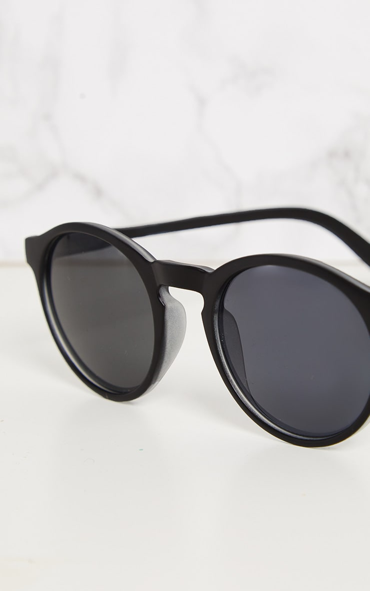 Black Chunky Round Sunglasses 4