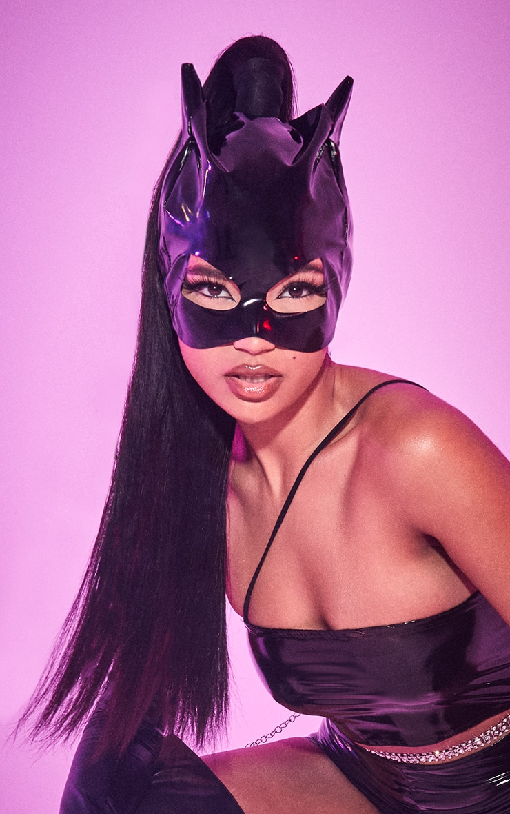 Black Catwoman Face Mask 1
