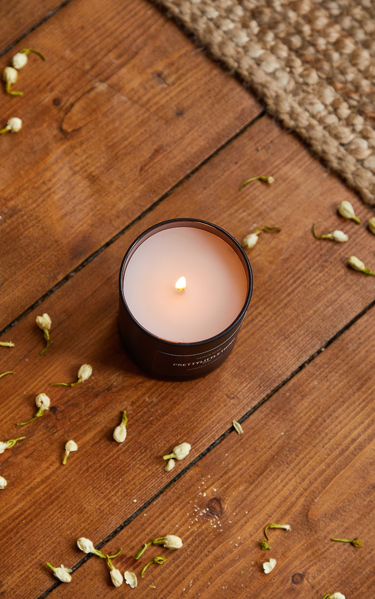 PRETTYLITTLETHING Amber Noir Scented Glass Candle 2