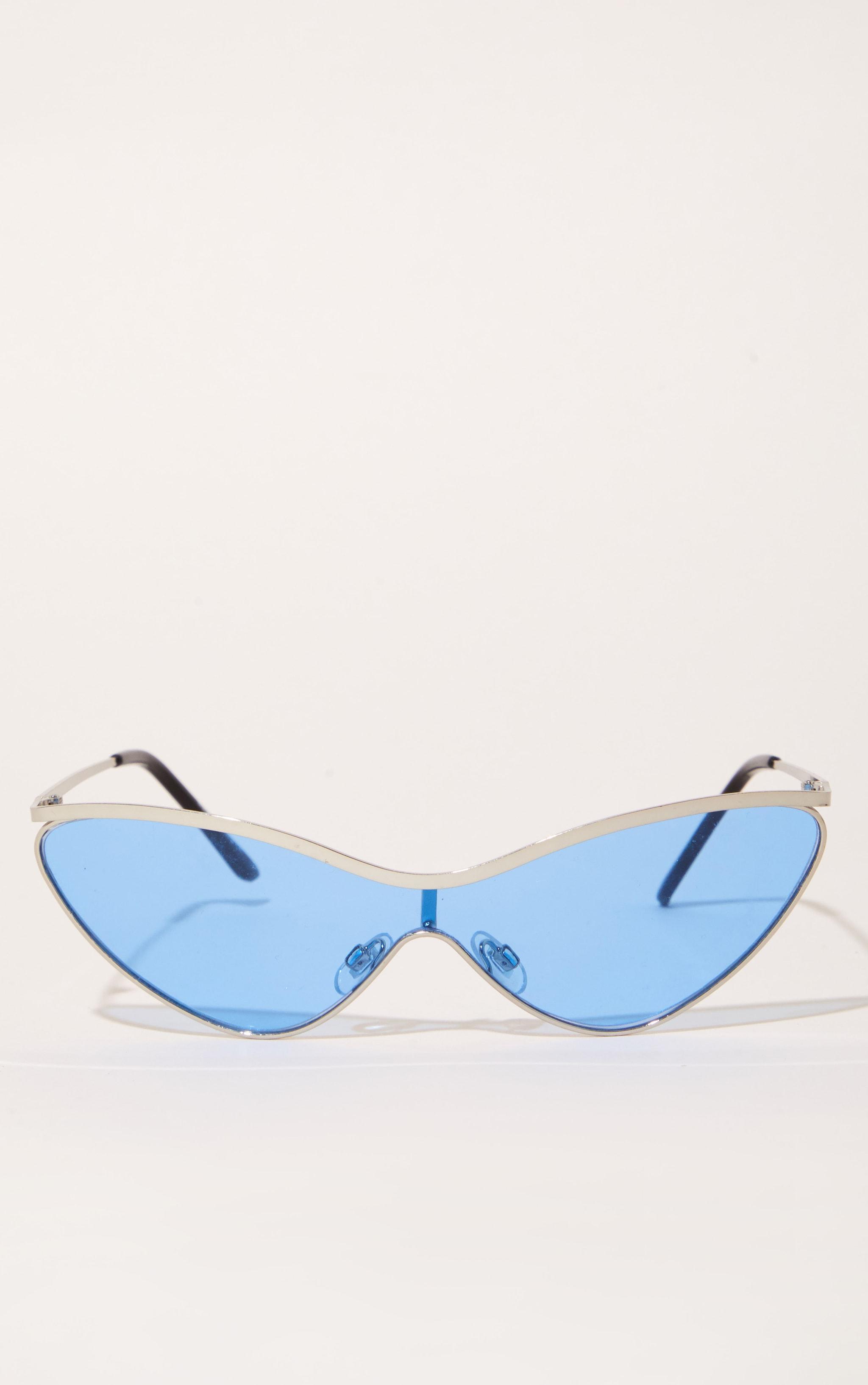 Light Blue Extreme Cat Eye Sports Sunglasses 2